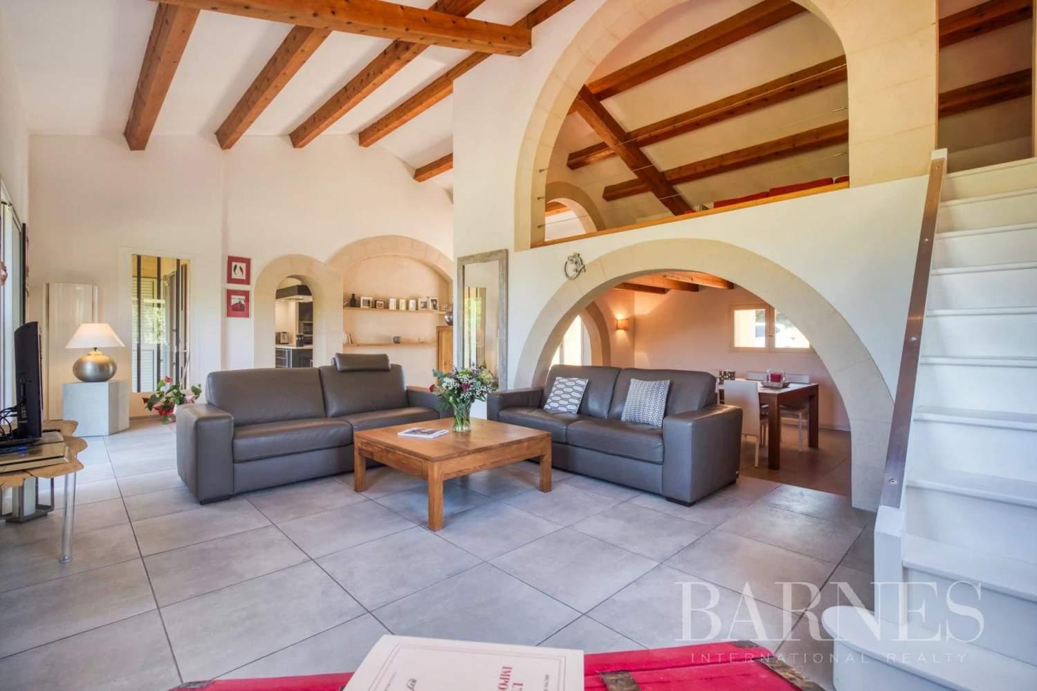 Aix-en-Provence  - Maison 9 Pièces 6 Chambres - picture 4