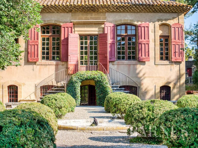 Aix-en-Provence  - Maison de ville 10 Pièces 3 Chambres - picture 1