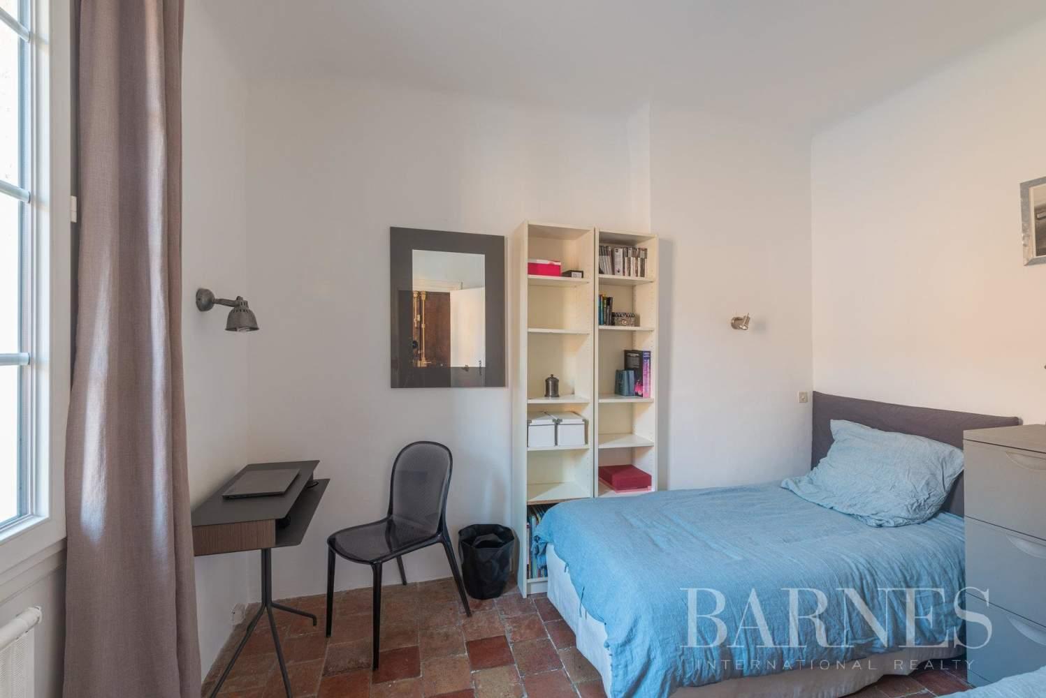 Aix-en-Provence  - Appartement 3 Pièces 2 Chambres - picture 8
