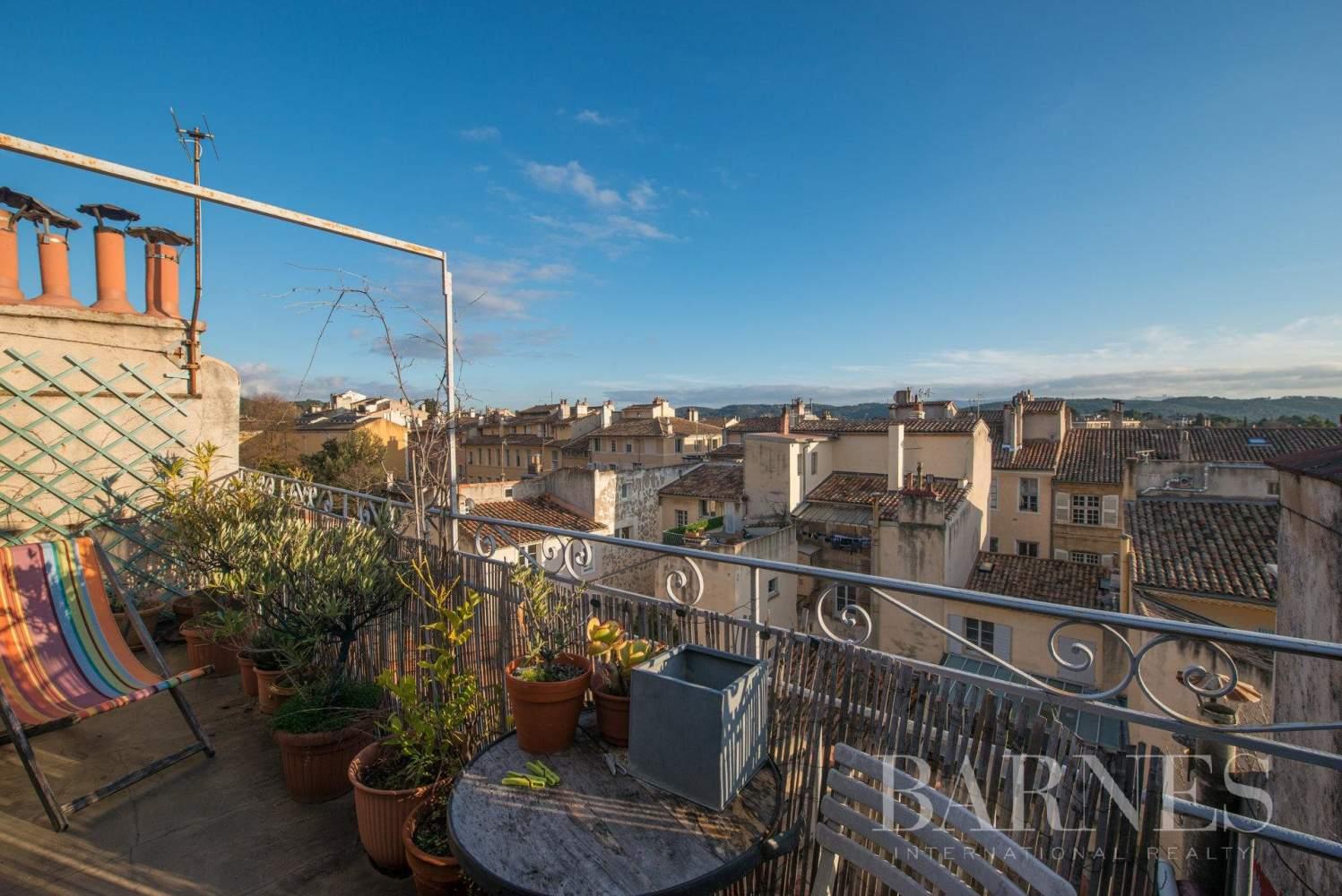 Aix-en-Provence  - Appartement 3 Pièces 2 Chambres - picture 11