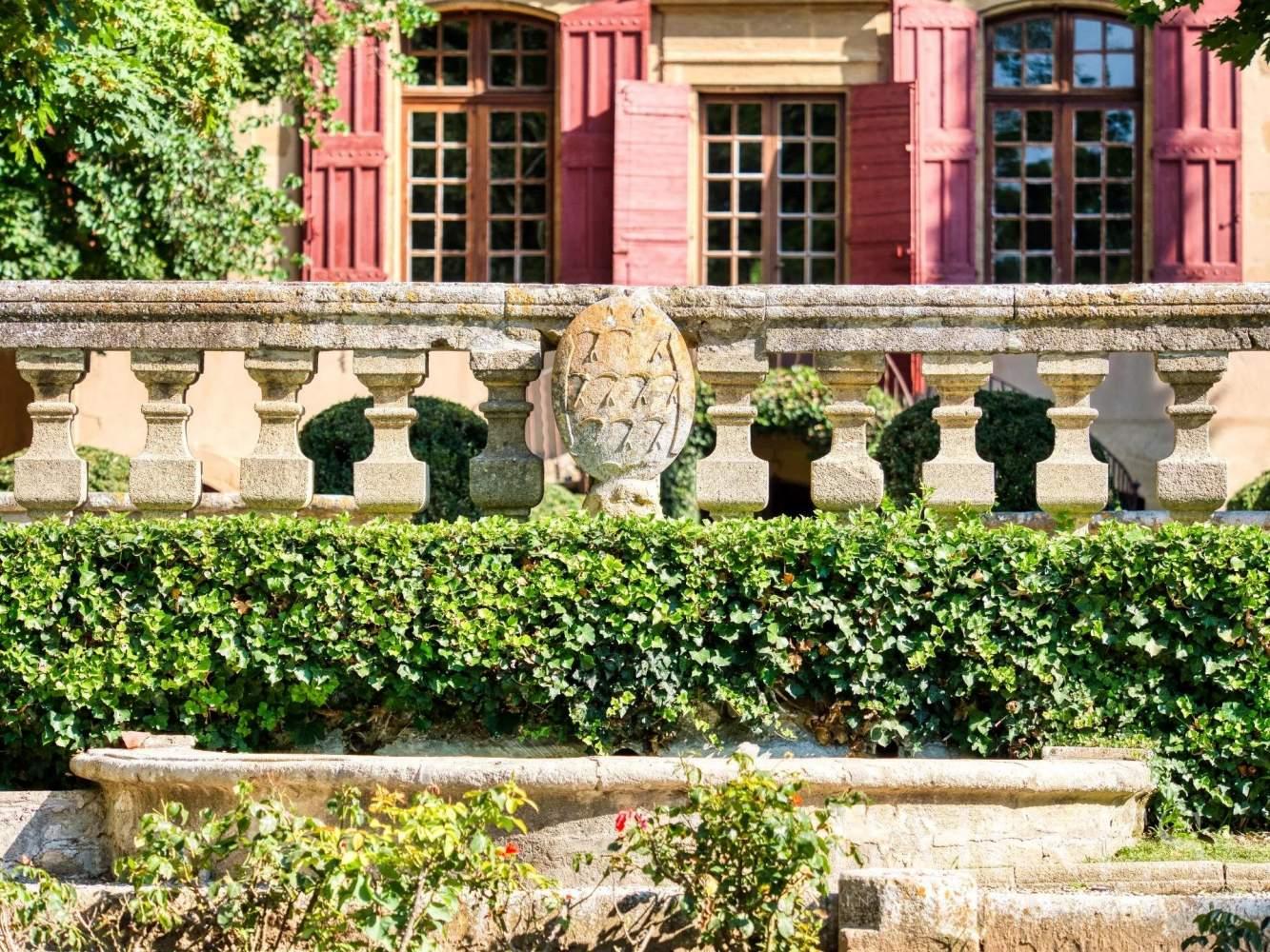 Aix-en-Provence  - Maison de ville 10 Pièces 3 Chambres - picture 13