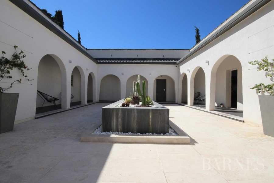 Cassis  - Villa 9 Pièces 6 Chambres