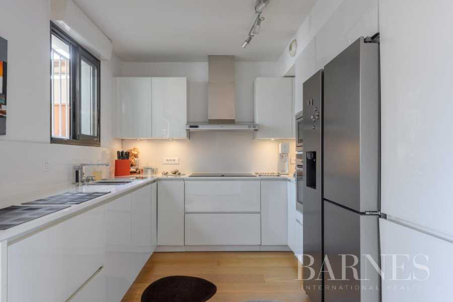Marseille  - Appartement 4 Pièces 2 Chambres