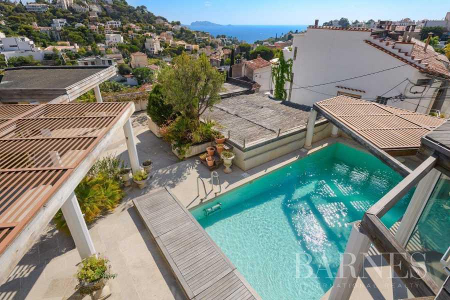 Marseille  - Maison 6 Pièces 4 Chambres