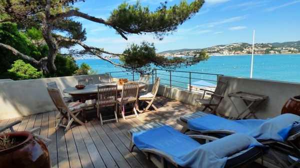 Maison Sanary-sur-Mer - Ref 2543369