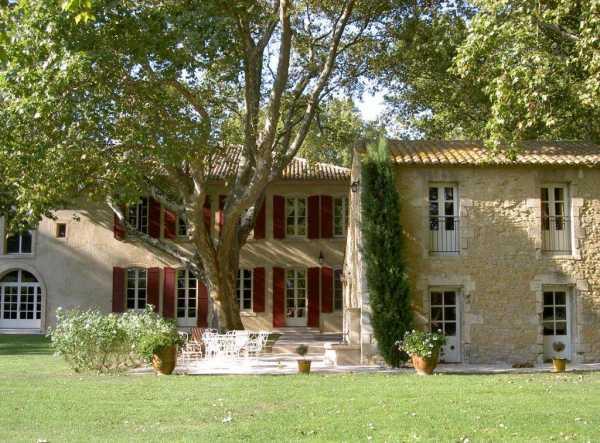 Maison Villeneuve-lès-Avignon - Ref 2543465