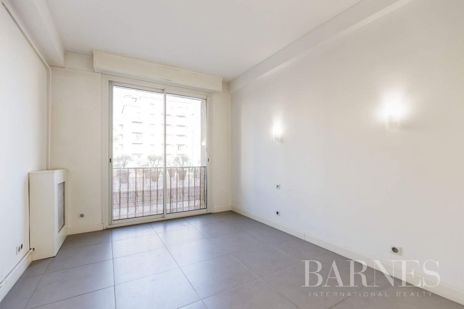 Marseille  - Apartment 3 Bedrooms - picture 14