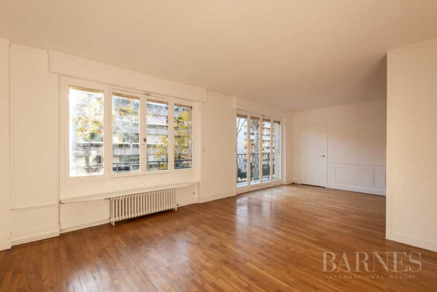 NEUILLY CHEZY APPARTEMENT 3 CHAMBRES VIDE PARKING BALCON picture 12