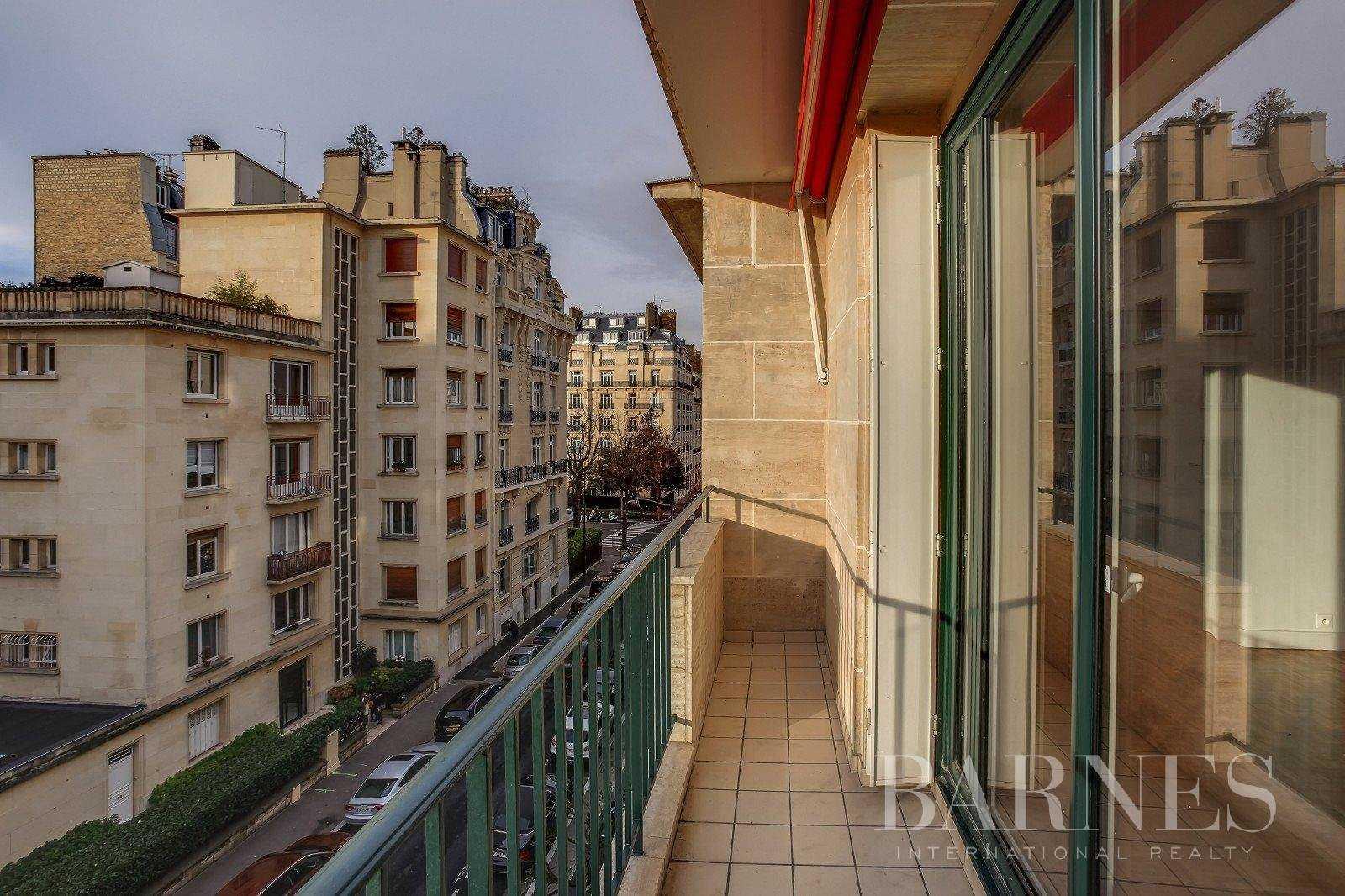 Apartment Neuilly-sur-Seine  -  ref 2765825 (picture 3)