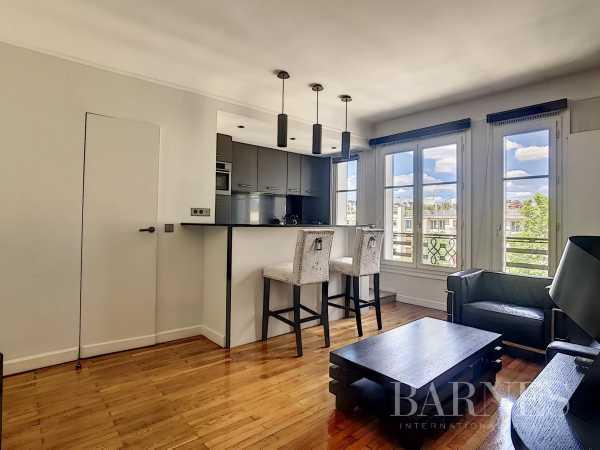 Apartment Neuilly-sur-Seine  -  ref 3293562 (picture 1)