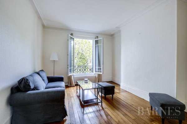 Appartement Neuilly-sur-Seine  -  ref 2766414 (picture 2)