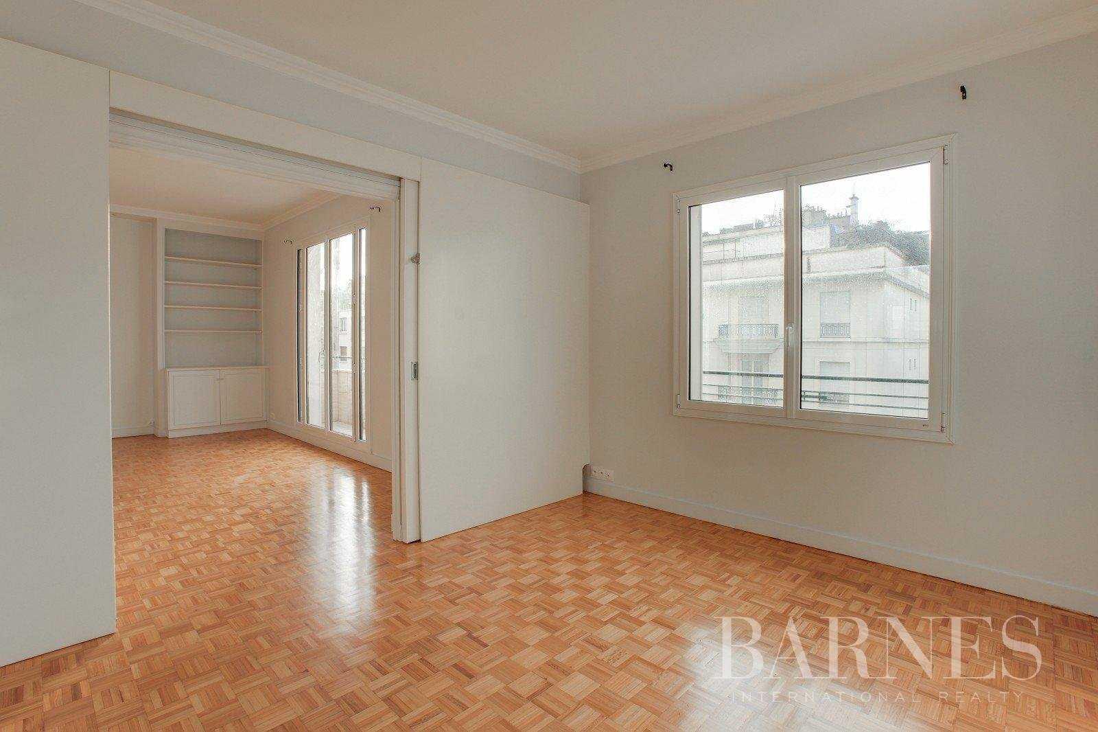 Apartment Neuilly-sur-Seine  -  ref 2765825 (picture 2)