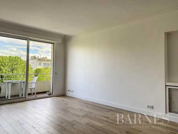 Apartment Neuilly-sur-Seine  -  ref 2771168 (picture 1)