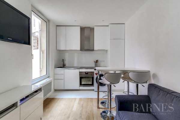 Appartement Neuilly-sur-Seine  -  ref 2766043 (picture 2)