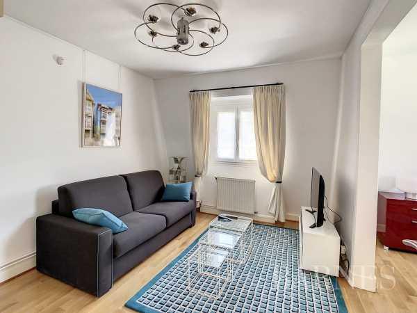 Apartment Neuilly-sur-Seine  -  ref 2769197 (picture 1)