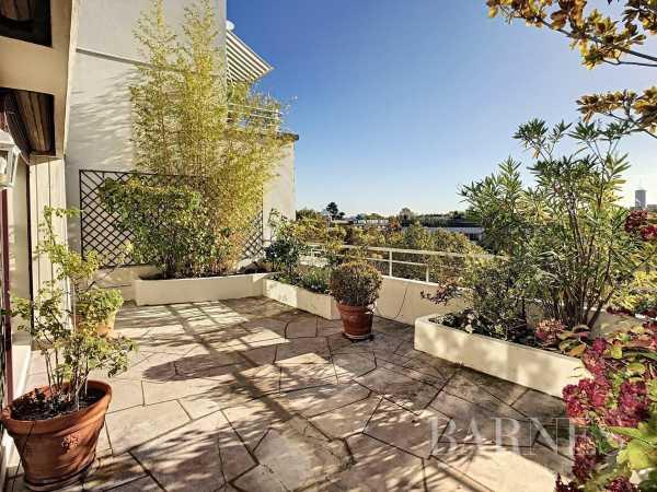Apartment Neuilly-sur-Seine  -  ref 6223137 (picture 1)