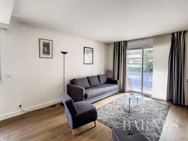 Appartement Neuilly-sur-Seine  -  ref 6110232 (picture 3)