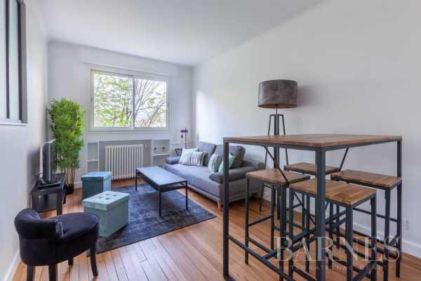 Appartement Neuilly-sur-Seine  -  ref 3702231 (picture 1)