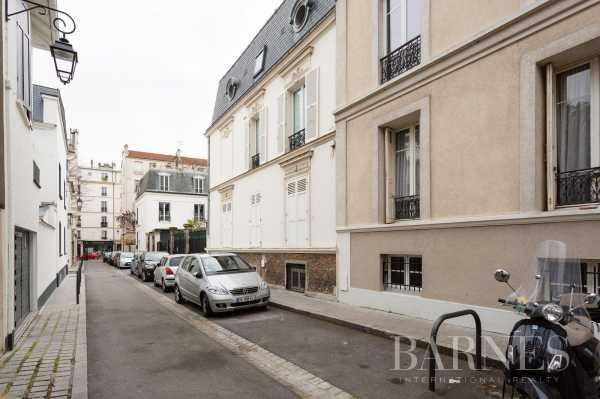 Apartment Neuilly-sur-Seine  -  ref 2767640 (picture 2)