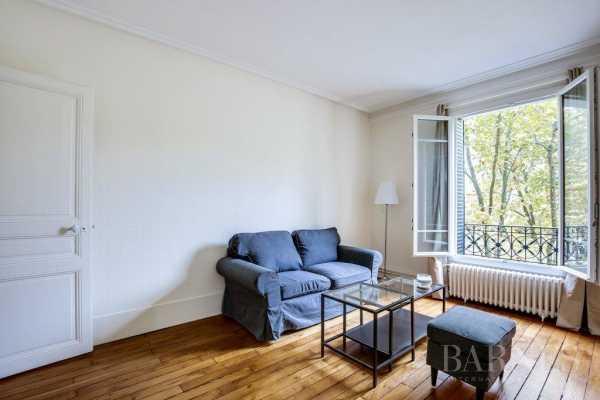 Appartement Neuilly-sur-Seine  -  ref 2766414 (picture 1)