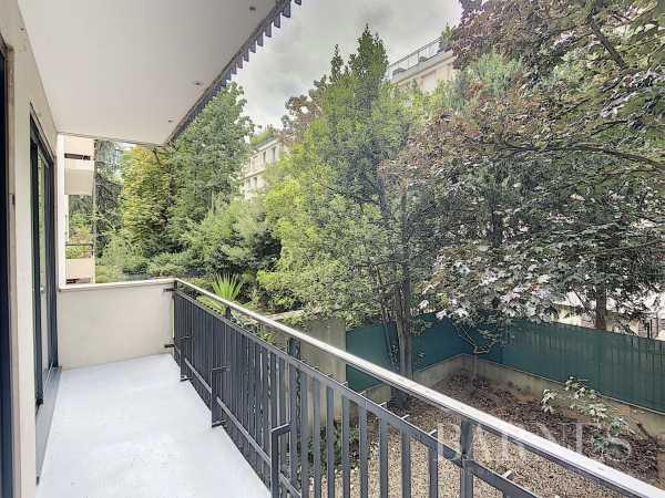 Appartement Neuilly-sur-Seine  -  ref 4104042 (picture 2)