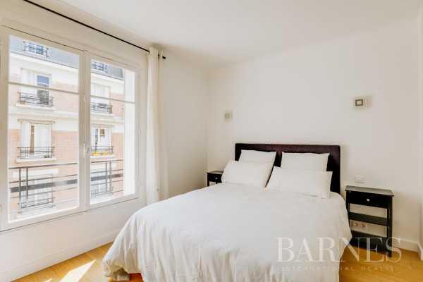 Apartment Neuilly-sur-Seine  -  ref 2765651 (picture 3)