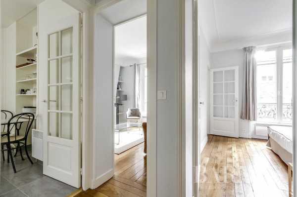 Apartment Neuilly-sur-Seine  -  ref 2770075 (picture 2)