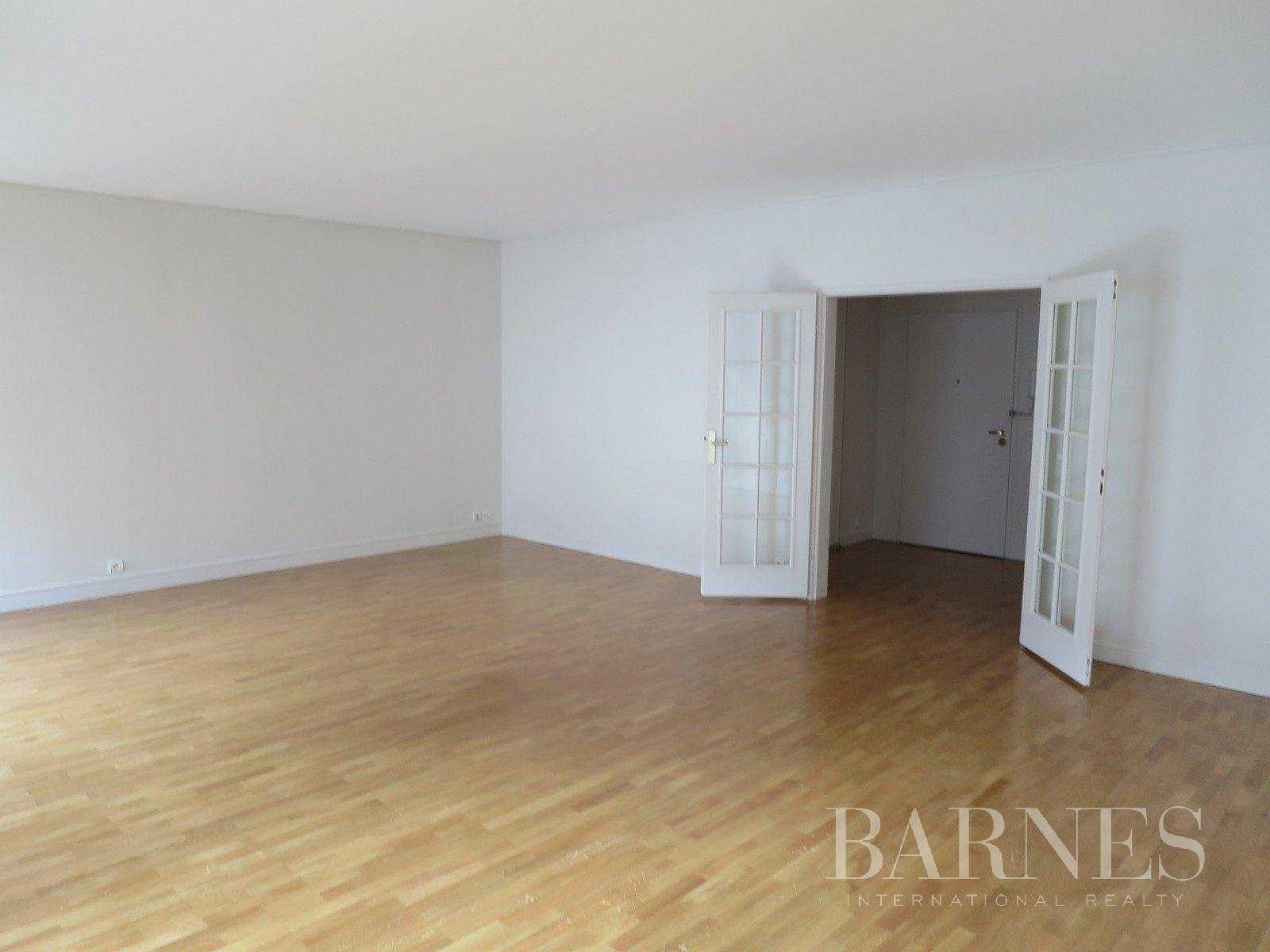 Apartment Neuilly-sur-Seine  -  ref 2766246 (picture 3)