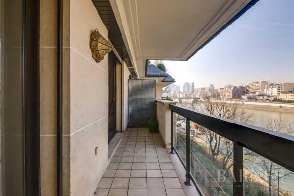 Appartement Neuilly-sur-Seine  -  ref 2772449 (picture 2)