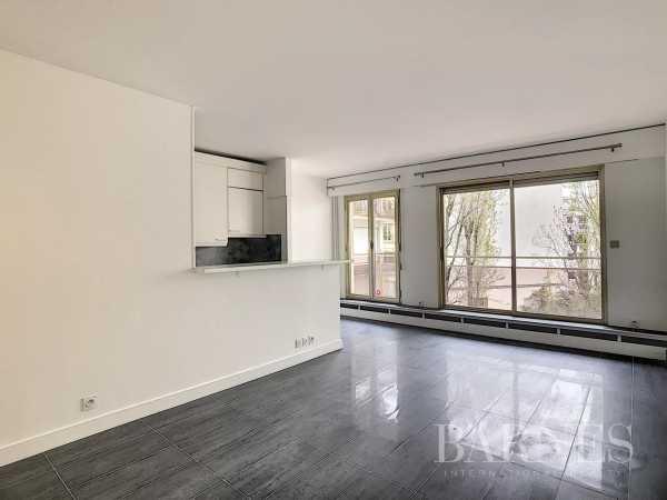 Appartement Neuilly-sur-Seine  -  ref 3893844 (picture 1)