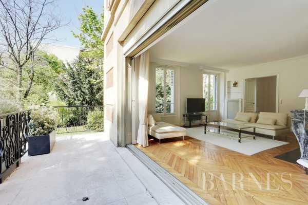 Maison Neuilly-sur-Seine  -  ref 2772876 (picture 2)