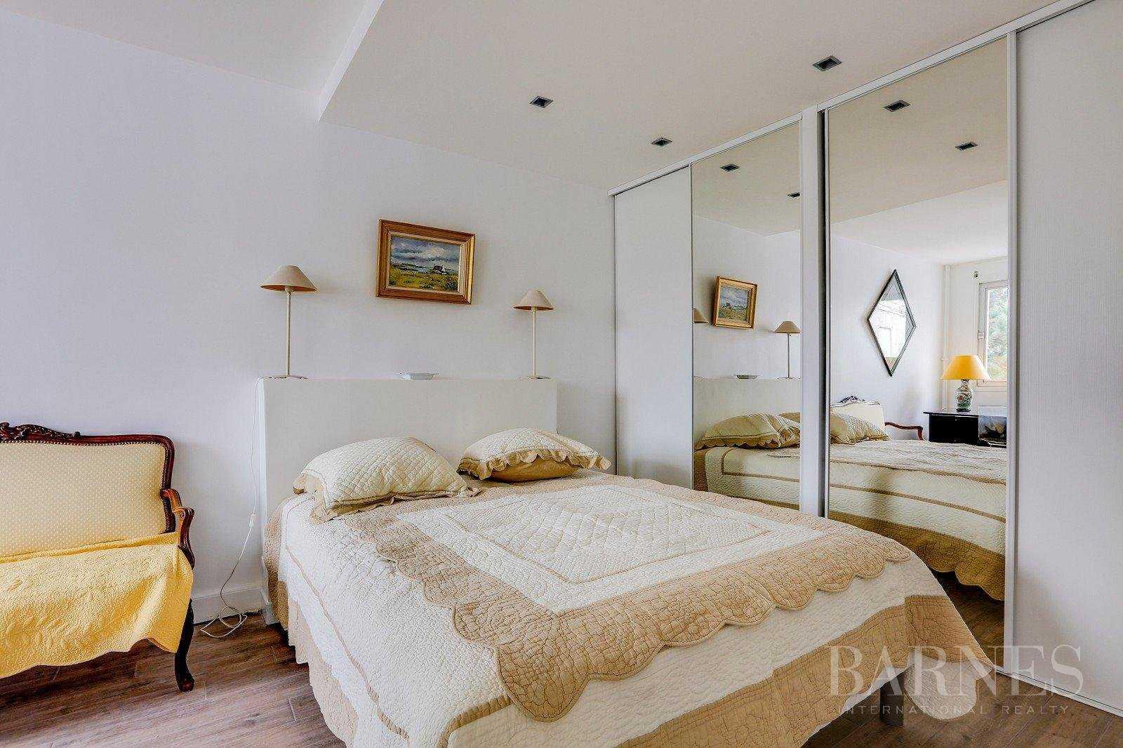Appartement Neuilly-sur-Seine  -  ref 2765826 (picture 3)