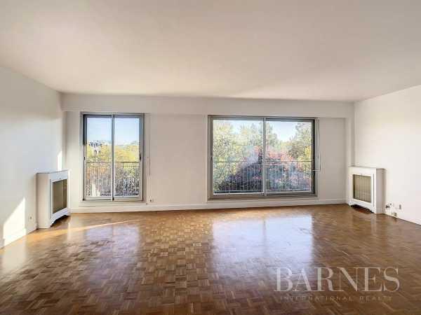Apartment Neuilly-sur-Seine  -  ref 6232846 (picture 2)