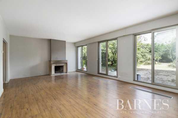 Apartment Neuilly-sur-Seine  -  ref 4320075 (picture 1)