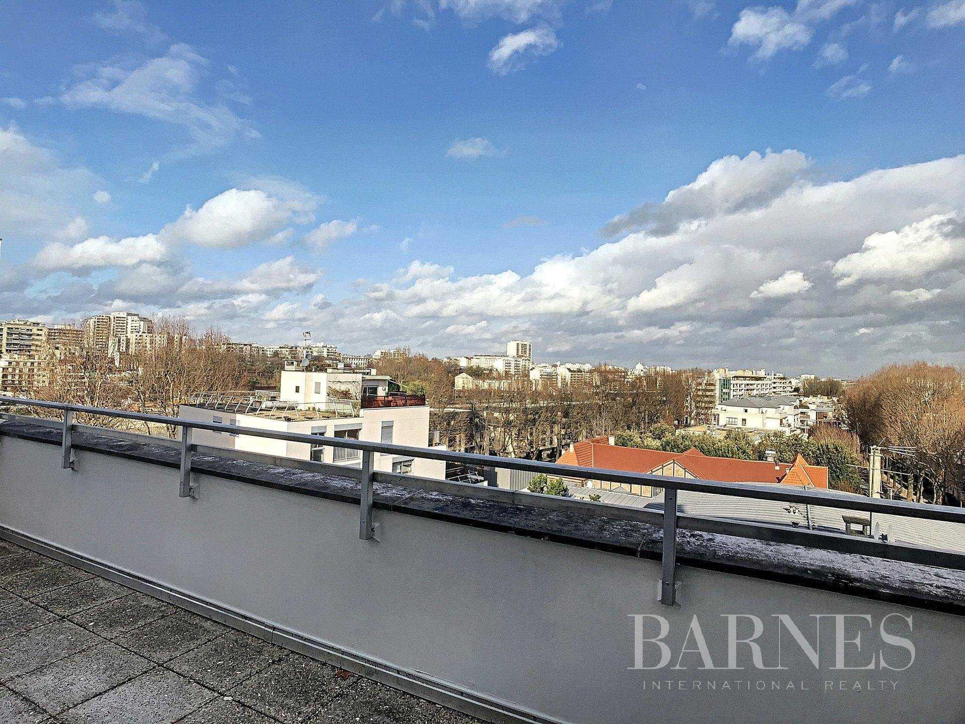 Appartement Neuilly-sur-Seine  -  ref 2767291 (picture 2)