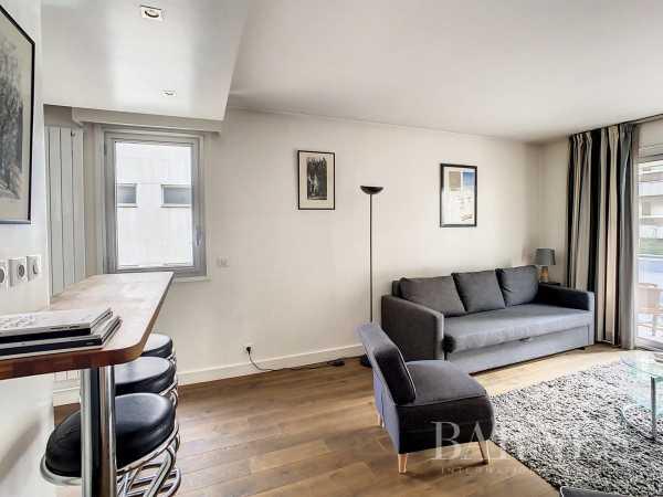 Appartement Neuilly-sur-Seine  -  ref 6110232 (picture 2)