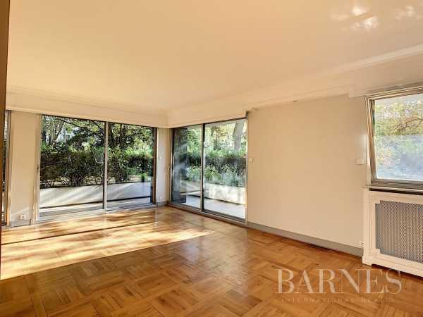 Appartement Neuilly-sur-Seine  -  ref 4479380 (picture 3)
