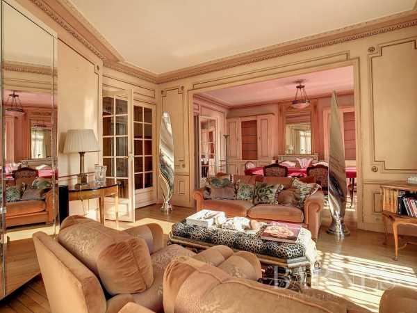 Apartment Neuilly-sur-Seine  -  ref 5911723 (picture 1)