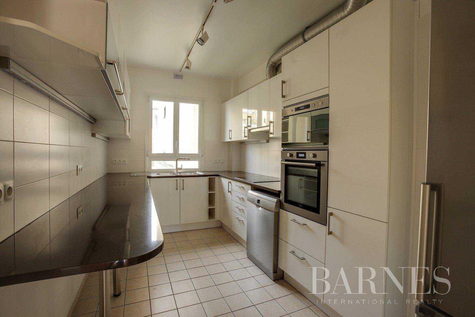 Appartement Neuilly-sur-Seine  -  ref 2765825 (picture 3)