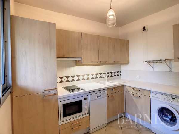 Appartement Neuilly-sur-Seine  -  ref 6172854 (picture 2)