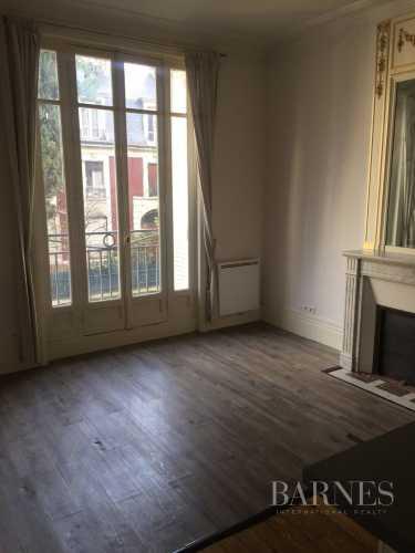 Apartment Neuilly-sur-Seine  -  ref 3773439 (picture 1)