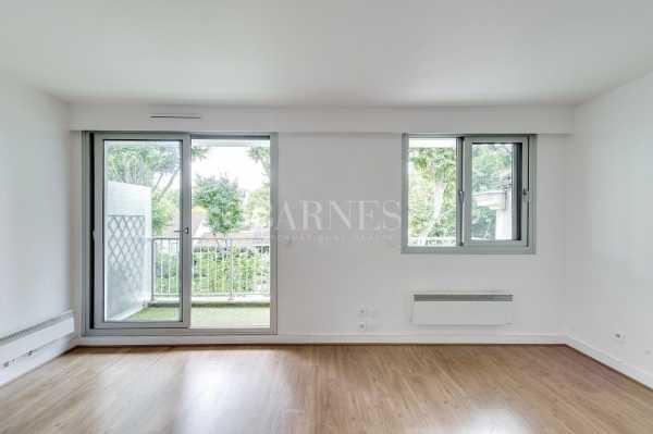 Apartment Neuilly-sur-Seine  -  ref 2765995 (picture 2)
