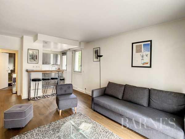 Appartement Neuilly-sur-Seine  -  ref 6110232 (picture 1)