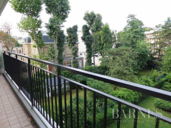 Apartment Neuilly-sur-Seine  -  ref 2766550 (picture 2)