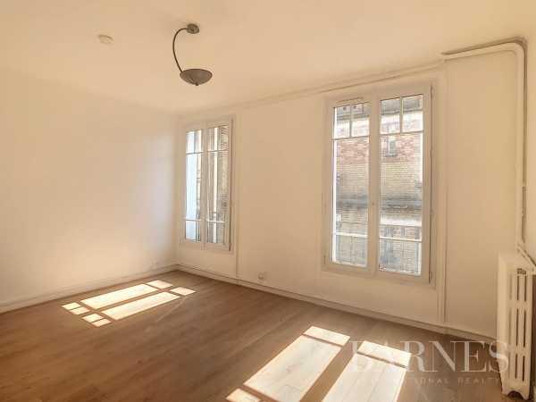 Studio Neuilly-sur-Seine  -  ref 2771245 (picture 1)