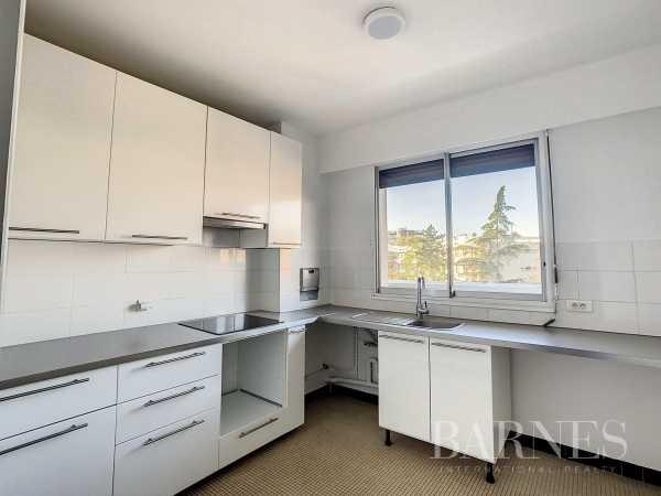 Apartment Neuilly-sur-Seine  -  ref 6232846 (picture 3)