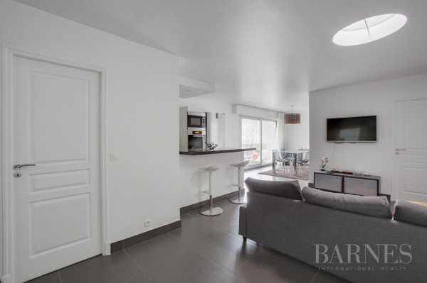 Apartment Neuilly-sur-Seine  -  ref 2765282 (picture 3)