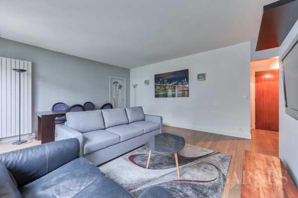 Apartment Neuilly-sur-Seine  -  ref 2767371 (picture 2)