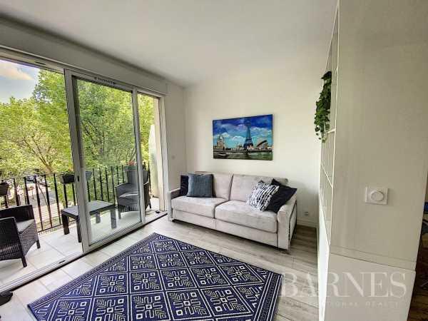 Appartement Neuilly-sur-Seine  -  ref 5550935 (picture 2)