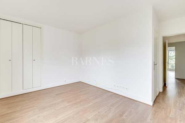 Apartment Neuilly-sur-Seine  -  ref 2765995 (picture 3)
